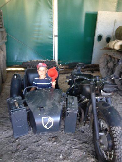 Zabawki chlopakow - Muzeum Sprzętu Wojskowego w Mrągowie